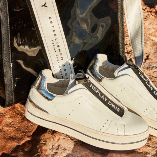 824X824 footwear 1