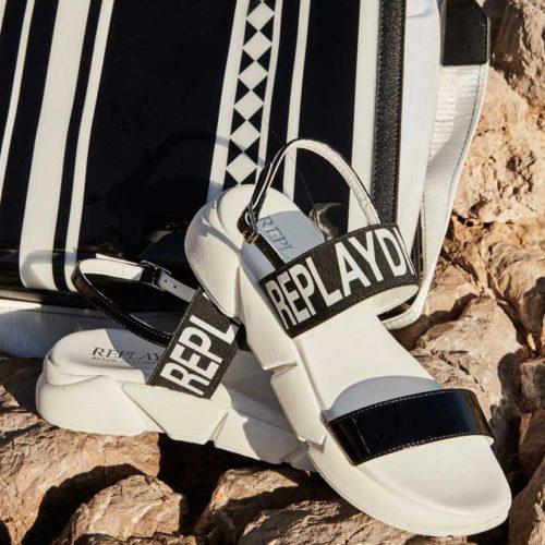 824X824 footwear 3