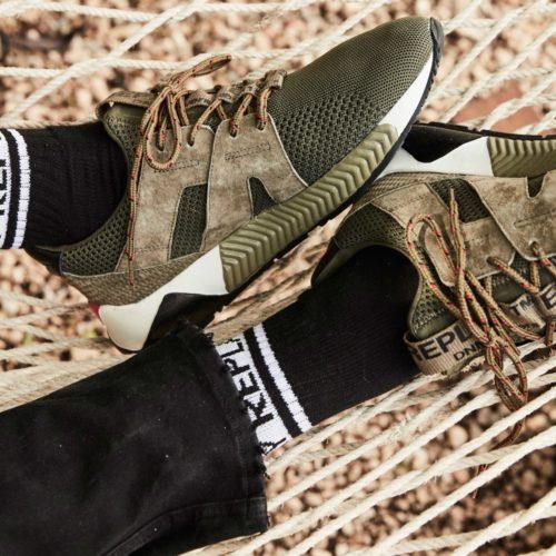 412X412 footwear 3