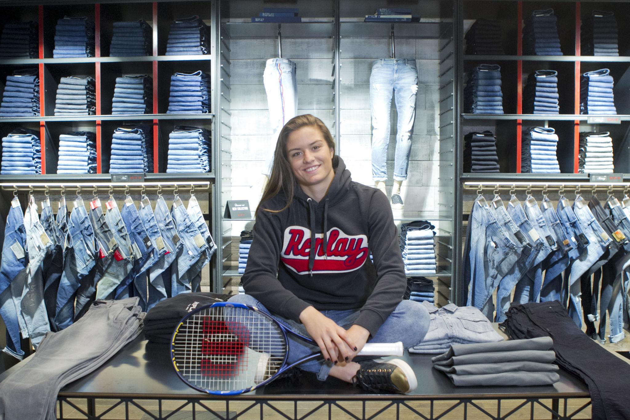 Tennis Player Maria Sakkari becomes the new REPLAY brand ambassador.